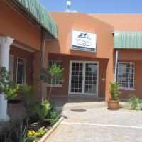 Foto Hotel: Gill Sleepover Guesthouse, Mmathubudukwane