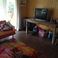 Hotel Pictures: Cabaña en Pingueral, Dichato