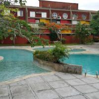 Hotel Pictures: Flat Condominio Gaivotas Alcobaça BA, Alcobaça