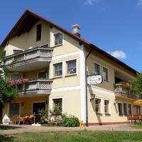 Hotelbilleder: Landgasthof Zum Schloss, Birgland