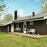Photos de l'hôtel: Three-Bedroom Holiday home in Tjörnarp 7, Torup