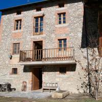 Hotel Pictures: Cal Cornet- Turismo Rural, Alp
