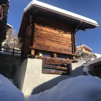 Hotel Pictures: Grenier Beca di Lovegno, Mase