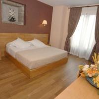 Hotel Pictures: Hotel O Desvio, Roxos