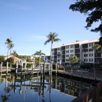 Foto Hotel: Santa Maria #306 - Canal/Bay Front Condo, Fort Myers Beach