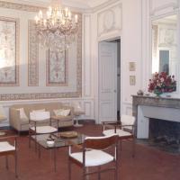 Hotel Pictures: Appartement de Prestige Le Ribas, Avignon