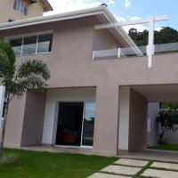 Hotel Pictures: Casa frente pro Mar!, Caraguatatuba
