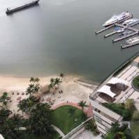 Foto Hotel: 碧桂园金海湾 三房三卫 无敌海景高级公寓, Johor Bahru