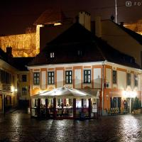 Fotos do Hotel: Hotel Senator-Ház Eger, Eger