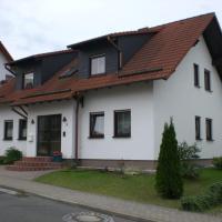 Hotelbilleder: Ferienwohnung Böhm, Kranichfeld