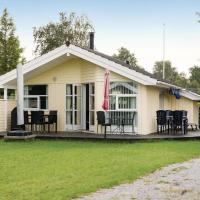 Hotel Pictures: Three-Bedroom Holiday Home in Slagelse, Tjæreby
