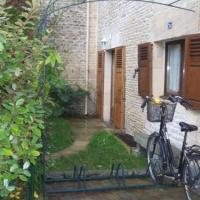 Hotel Pictures: Le Relais de Poste, Courseulles-sur-Mer