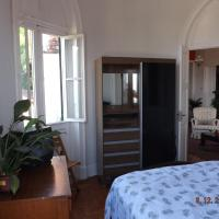 Double Room with Shared Bathroom and Fan