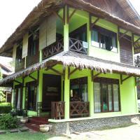 Zdjęcia hotelu: Mutiara Cottages Villa Pribadi, Carita