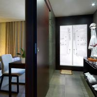Superior Suite with Panoramic View