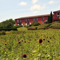 Hotel Pictures: La Montagne De Brancion, Martailly-lès-Brancion
