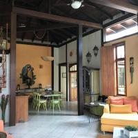 Hotel Pictures: Casa com piscina na Barra do Sahy, Barra do Sahy