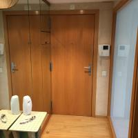 Hotel Pictures: Luxury apartment furnished and equipped, Terrassa