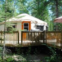 Hotel Pictures: Flora Bora Forest Lodging, Christopher Lake