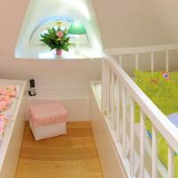 Magic Suite (2 Adults + 2 Children +1 Baby)
