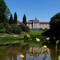 Hotel Pictures: Hotel Vejlefjord, Stouby