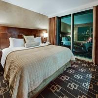 Deluxe King Room with Empire View