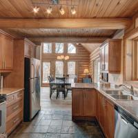 Hotel Pictures: Chalet Cheyenne, Labelle