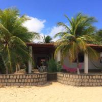 Hotel Pictures: Bela Casa na beira da praia de Genipabú, Genipabu