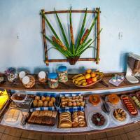 Hotel Pictures: Aquamarine Pousada e Chales, Caraguatatuba