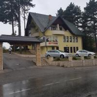 Hotel Pictures: Motel & Restoran Lovačka Priča, Tešanj