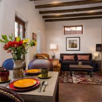 Hotel Pictures: 1 Bedroom - 5 Min. Walk to Canyon Rd. - Carmel, Santa Fe