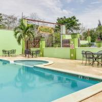 Φωτογραφίες: Midas Belize, Trapiche