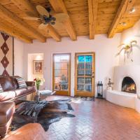 Hotel Pictures: 2 Bedroom - 10 Min. Walk to Plaza - Serenidad, Santa Fe
