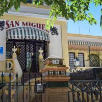 Hotel Pictures: Pensión San Miguel, Chipiona