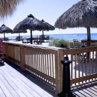 Hotellbilder: Anna Maria Island Beach Breeze Two-bedroom Apartment, Bradenton Beach