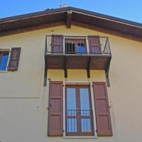 Fotos do Hotel: Holideal Attico Vesio, Tremosine Sul Garda