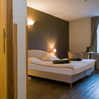 Hotel Pictures: Hotel Grenier des Grottes, Han-sur-Lesse