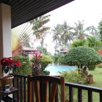 One-Bedroom Bungalow with Pool View