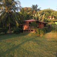 Hotel Pictures: Romântico Chalé em Ilha Paradisíaca, Moreré