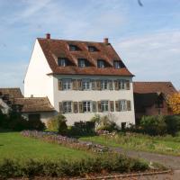 Hotel Pictures: Ferienwohnungen Haus Fuchs, Reichenau