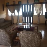 Hotel Pictures: Homeita Lodge, Akropong
