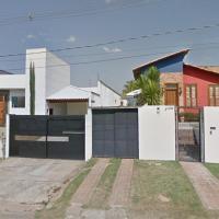 Hotel Pictures: Casa na cidade com ares de campo, Pará de Minas