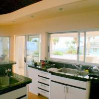 Hotellbilder: Outrigger Paradise Hale Wa a Pale - Five Bedroom House, Kailua-Kona