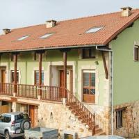 Фотографии отеля: Two-Bedroom Holiday Home in Udias, Udias
