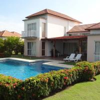 Фотографии отеля: Amazing 4 Bedroom Villa in Royal Decameron Golf and Beach Resort, Ла-Вента