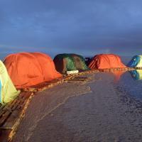 Hotellikuvia: Uyuni Glamping, Colchani