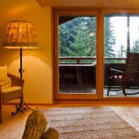Hotel Pictures: Waldhütte, Hochpillberg