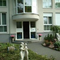 Hotel Pictures: Hotel und Appartementhaus Rheden, Glienicke