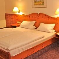 Hotelbilleder: Gasthof zum Kauzen, Ochsenfurt