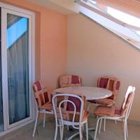 Hotelbilleder: Apartment Tucepi 6058a, Tučepi